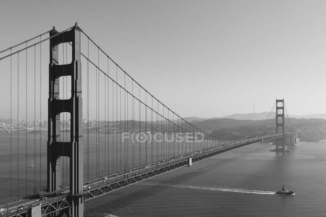 Ponte Golden gate sobre a Baía de são francisco — Fotografia de Stock