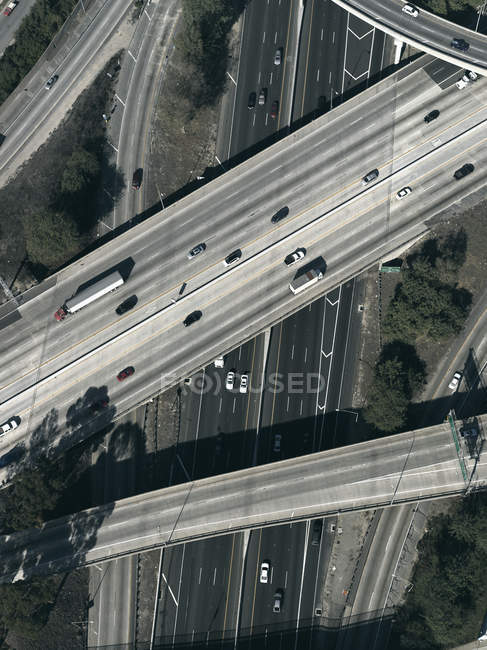 Auto-estradas e passagens aéreas, Los Angeles, Califórnia, EUA — Fotografia de Stock