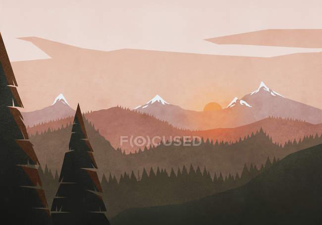 Vista do sol idílica e tranquila paisagem de montanha e floresta — Fotografia de Stock