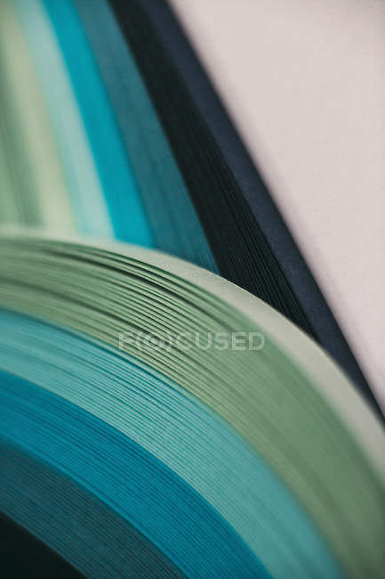 Abstract blue and green paper wave pattern — Stock Photo