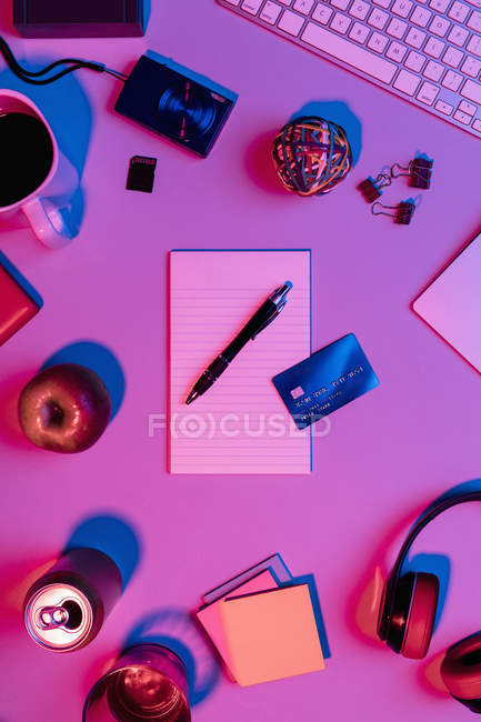 View form above notepad, pen and credit card on desk — Stock Photo