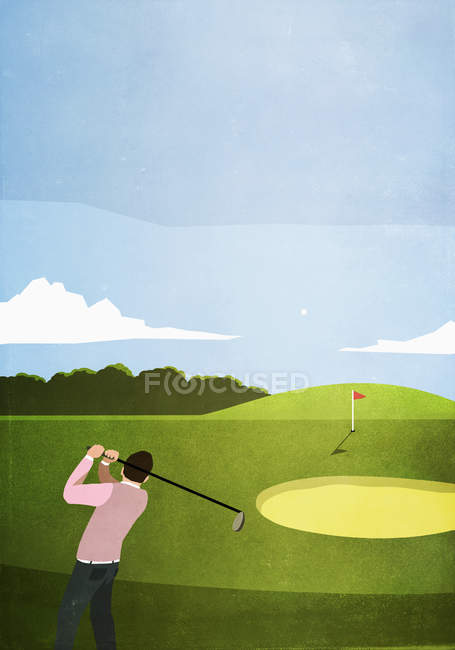 Man golfing on sunny golf course — Stock Photo