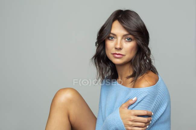 Portrait of confident, sensual woman — Stock Photo