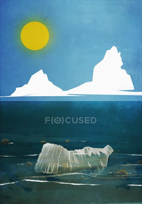 Пластиковая бутылка, плавающая в океанской воде — стоковое фото