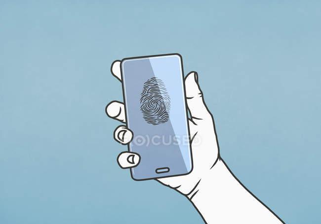 Жінка тримала смартфон з відбитком пальця. — стокове фото