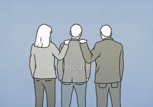 Деловые люди с руками на плечах коллег — стоковое фото