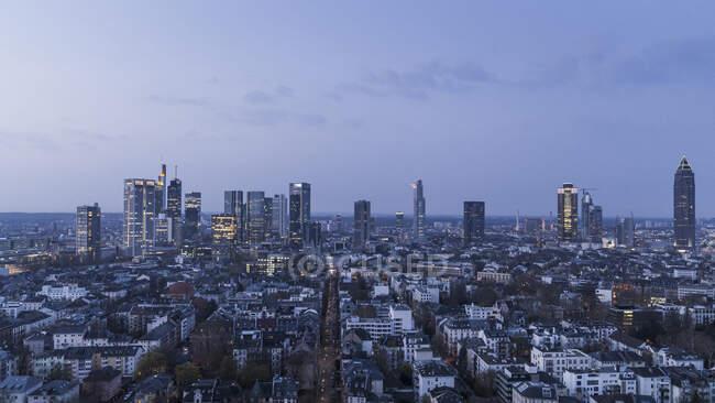 Stadtbild bei Nacht, Frankfurt, Deutschland — Stockfoto