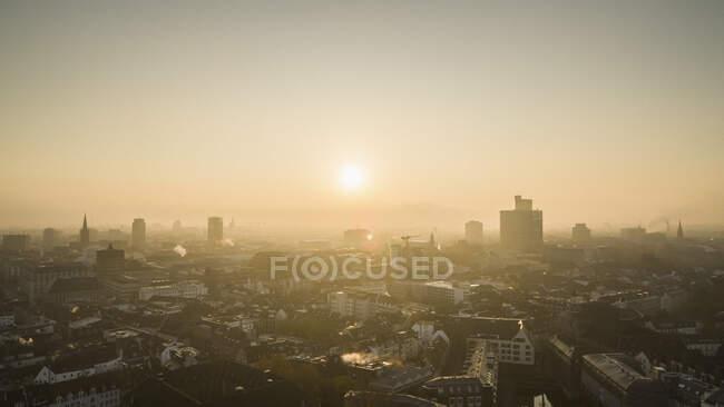 Sunset over Duesseldorf cityscape, North Rhine-Westphalia, Germany — стокове фото