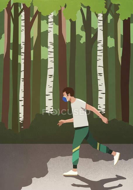 Homem com máscara de rosto protetora jogging no parque ensolarado — Fotografia de Stock