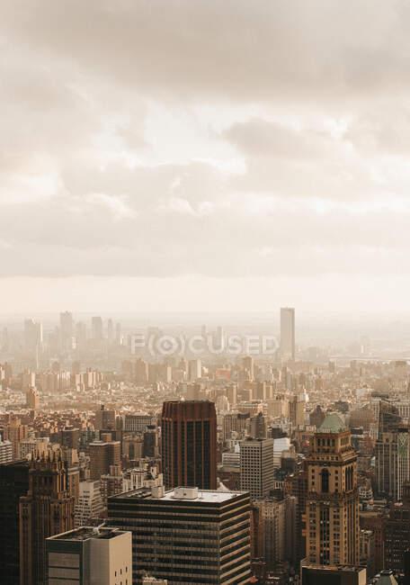 Сценічні висотні будівлі, Нью-Йорк, Нью-Йорк, США — стокове фото