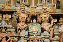 Escultura colorida dos deuses — Fotografia de Stock