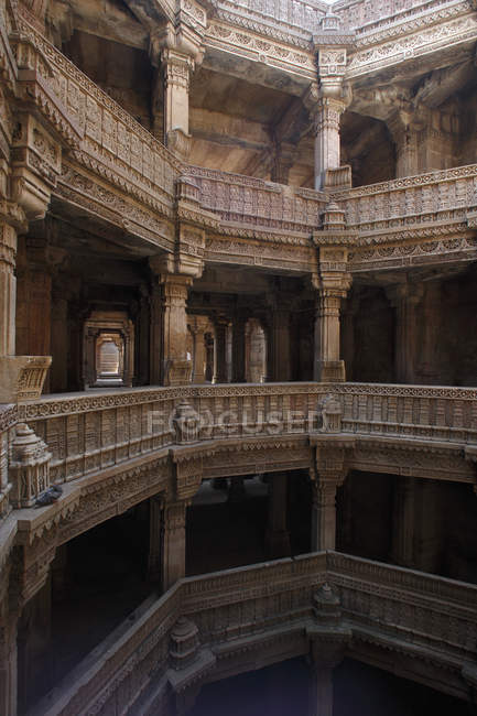 Stades à l'intérieur du temple — Photo de stock