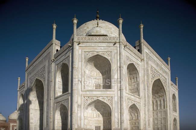 Façade du Taj Mahal. Agra, Inde — Photo de stock