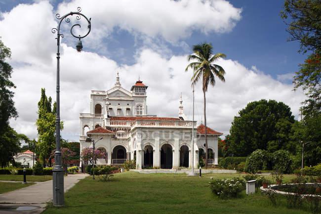 Façade du Palais Agakhan — Photo de stock