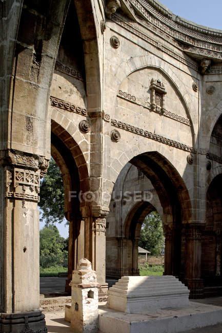 Vista della porta ad arco — Foto stock