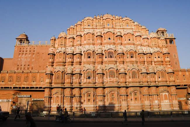 Veduta di palazzo Hawa Mahal durante il giorno, Jaipur, Rajasthan — Foto stock