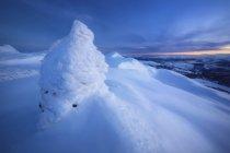 Tramonto sulla cima della montagna Toviktinden — Foto stock