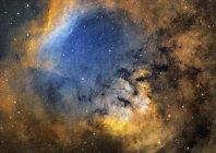Nebulosa de emisión Cederblad214 en constelación Cepheus - foto de stock
