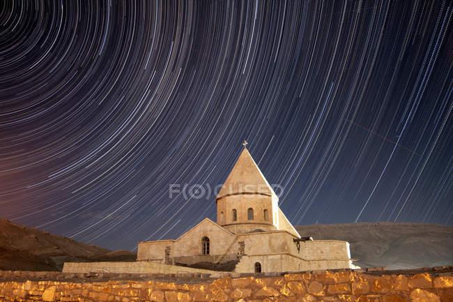 Sternspuren über Saint Thaddeus Kloster — Stockfoto