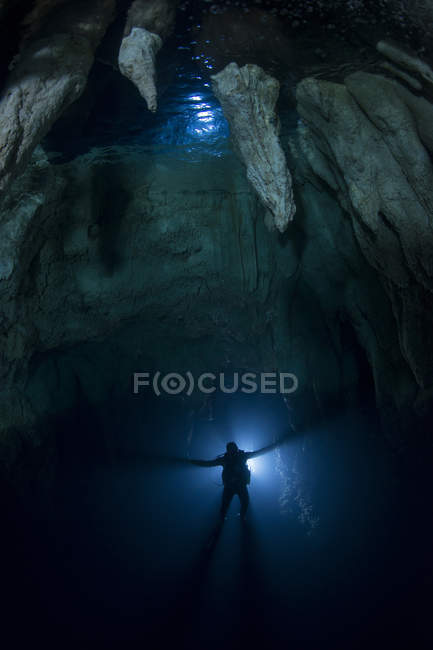 Diver in Chandelier Cave — Stock Photo