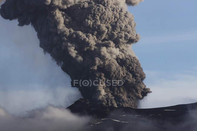 Eruzione del vulcano Eyjafjallajokull — Foto stock