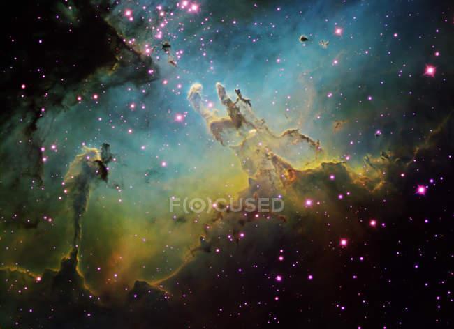 Étoile avec nébuleuse de l'aigle — Photo de stock