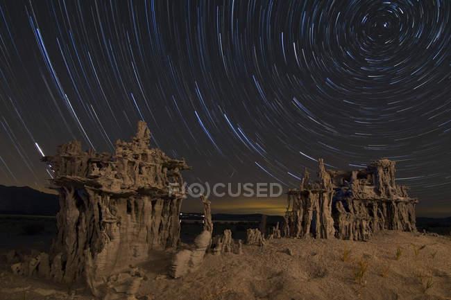 Sternspuren und Sand Kalktuff-Formationen — Stockfoto
