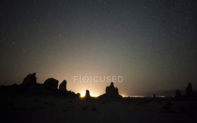 Large tufa formations at Trona Pinnacles — Stock Photo
