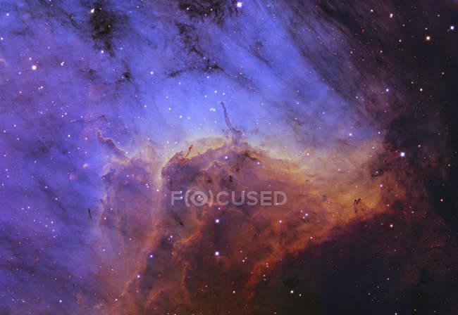 Nebulosa Pelícano con Objetos Herbig-Haro - foto de stock