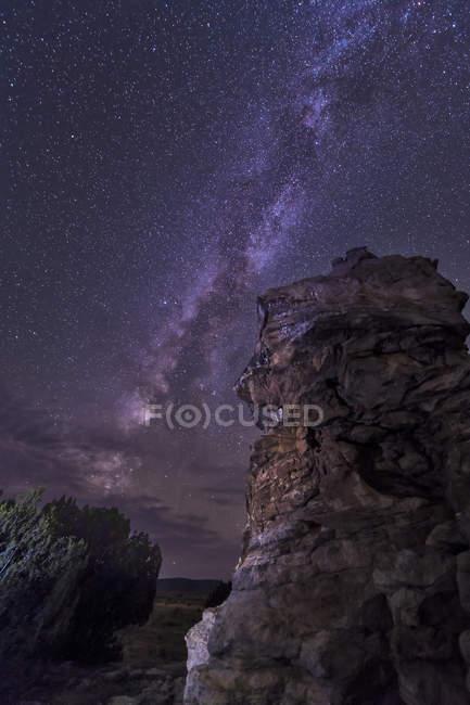 Via Láctea sobre macumba rochosa — Fotografia de Stock