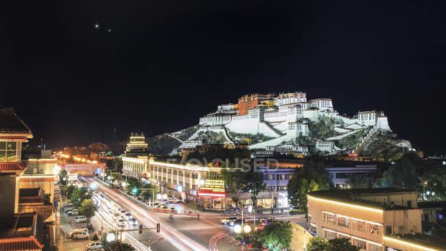 Potala-Palast in Lhasa — Stockfoto