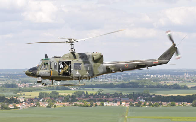 France, NATO Tiger Meet 2011 - May 13, 2011: Italian Air Force AB-212 ICO helicopter during personnel recovery mission — Stock Photo