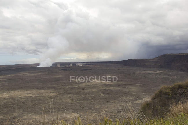 Halemaumau Crater of Kilauea Volcano, Big Island of Hawaii — Stock Photo