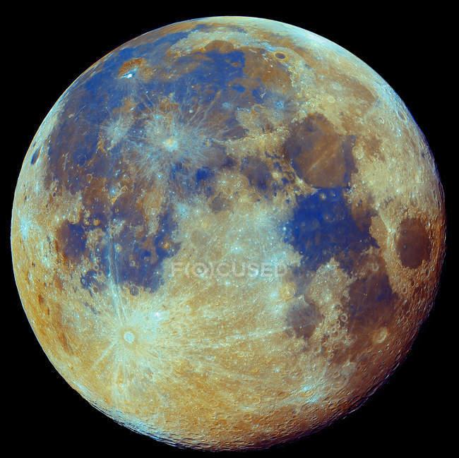 Кольорові місяцем у справжній кольори з високою роздільною здатністю — стокове фото
