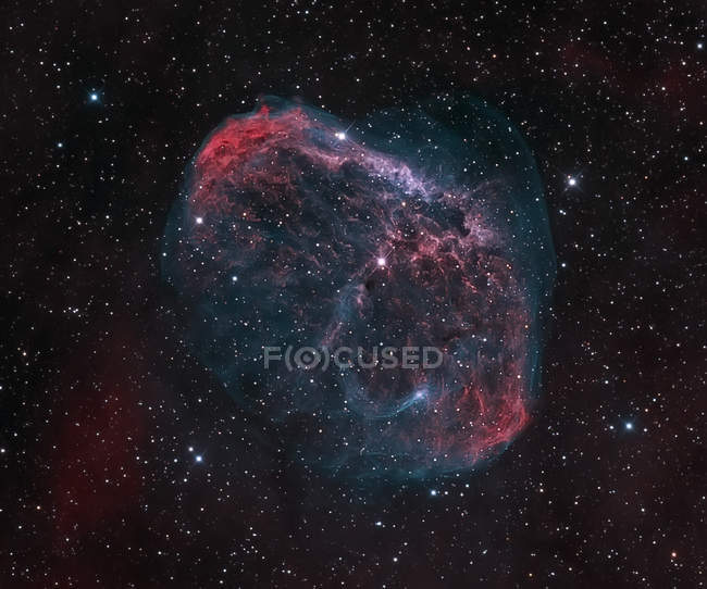 Crescent Nebula NGC 6888 in true colors in high resolution - foto de stock