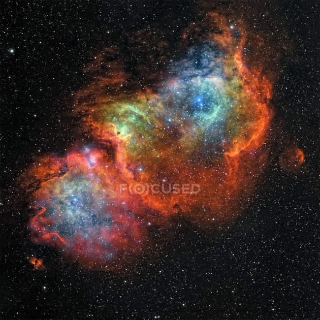 Туманность душа IC 1848 в истинных цветах в высоком разрешении — стоковое фото