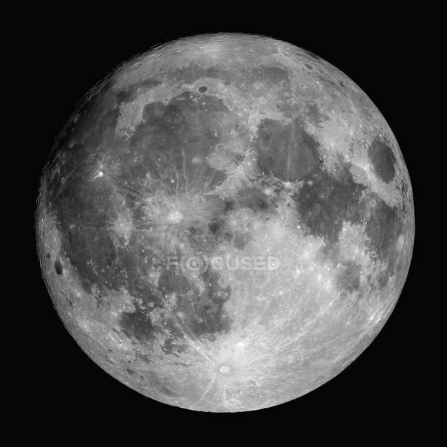 Повний місяць вистрілив через водень альфа фільтр на чорному фоні — стокове фото