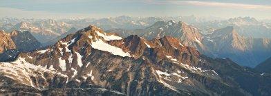 Лежача піку, частина Lillooet гірський хребет, поблизу Пембертон, Британська Колумбія, Канада — стокове фото
