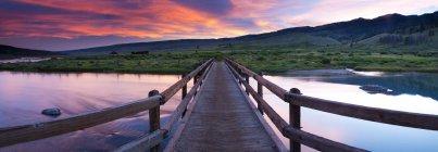 Au-dessus de la rivière vert rivière dans les jours de lacs de rivière-verte sont du Wyoming — Photo de stock