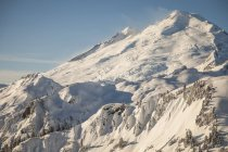 East Face of Mount Baker in winter with Park Glacier and Boulder Glacier — Stock Photo