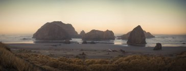 Faraglioni al Meyers Creek Beach, pistola River State Park, Oregon — Foto stock