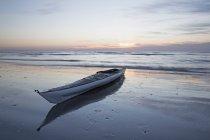 Sonnenaufgang auf dem Paddelboot am Atlantik in Charleston Sc — Stockfoto