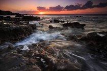 Scenic view of Coast at Red Tank at sunset, Lanai, Hawaii — Stock Photo