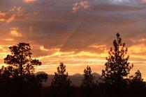 Живописный вид на закат, Каскад гор, Орегон — стоковое фото