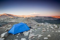 Tent pitched high over Uinta Wilderness in Utah — Stock Photo