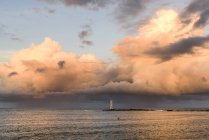 Farol Farol de Itacare em um belo pôr do sol, Bahia, Brasil — Fotografia de Stock