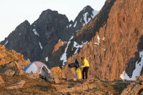 A Woman Hiking On Blaine Peak Below Mount Sneffels In Colorado — Stock Photo