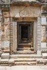 Tür-Weg am Tempel von Angkor Wat In Kambodscha — Stockfoto