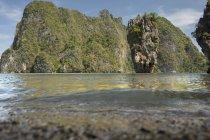 Джеймс Бонд острів під час світлий час доби, Khao Пханг Нга, Таїланд — стокове фото