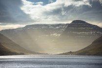 Vista panoramica del paesaggio delle Isole Faroe — Foto stock